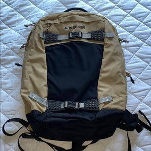 Burton Day Hiker Backpack never used! :)